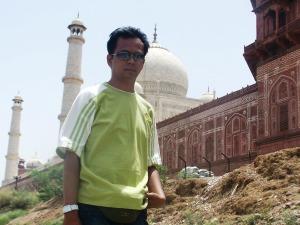 Taj Mahal, India yang luka...