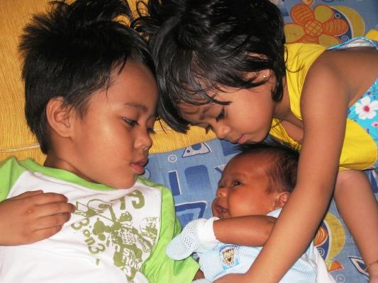 Anak-anak yang cukup kami sayangi...